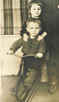 04_1957.jpg