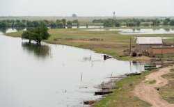 Паводок в Астраханской области: уровень и температура воды