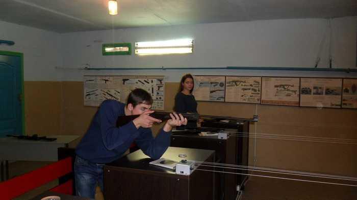 Подготовка молодёжи к соревнованиям по военно-техническим видам спорта в тире автошколы