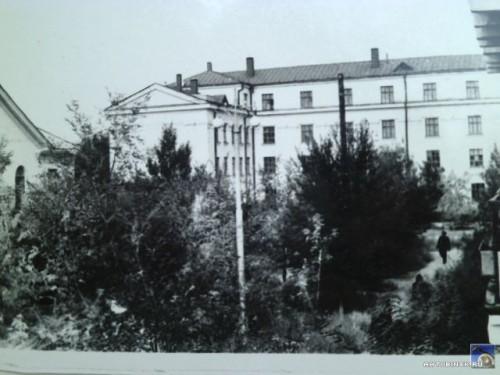 6 школа (№1 до 1965 года)