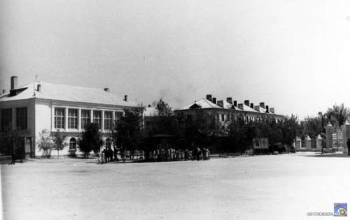 Столовая на площади Ленина